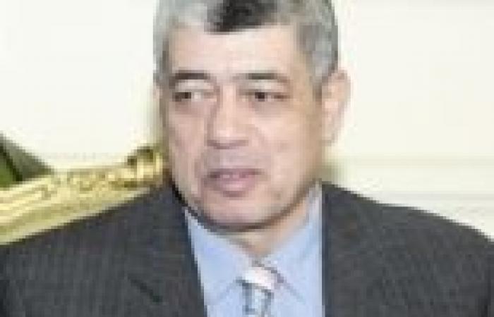 وزير الداخلية يلتقي شيوخ القبائل لمناقشة الحالة الأمنية بسيناء
