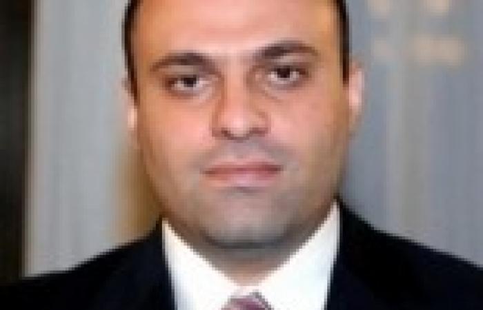 وزير الاستثمار يعود إلى القاهرة قادما من الأردن