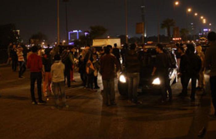 قيادات الأمن تقنع أهالى دار السلام بإعادة فتح طريق كورنيش المعادى