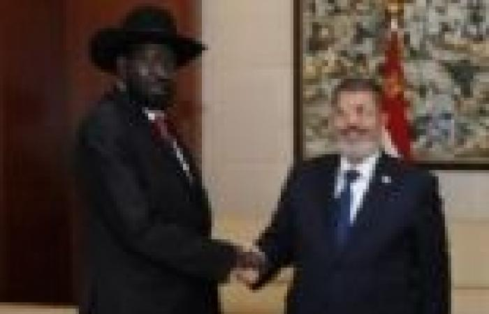 مرسي يلتقي سيلفا كير لدعم التعاون بين مصر وجنوب السودان