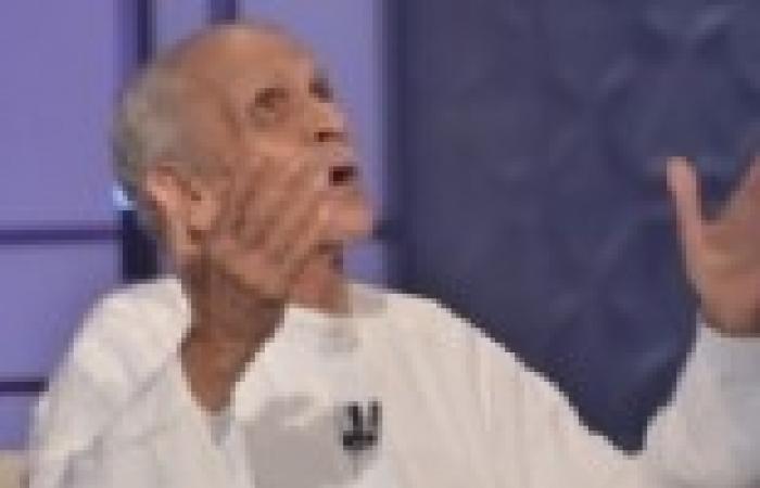 """أحمد فؤاد نجم: الإخوان """"خانوا الشهداء"""".. والمعارضة """"في المكاتب والصالونات فقط"""""""