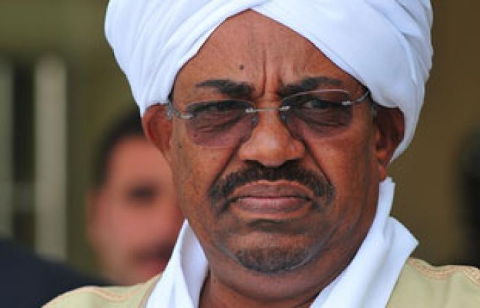 البشير: الأسلحة المسربة من ليبيا تعد تهديداً مباشراً لكل دول المنطقة