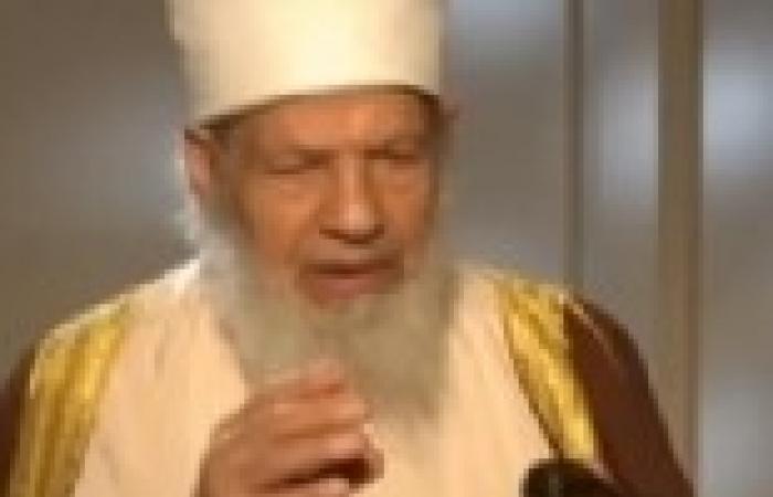 """يوسف البدري يطالب بتسلم الشاب المصري """"حارق القرآن"""" من الصين لمحاكمته"""