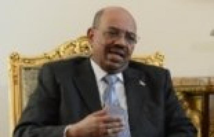 البشير يهدد جوبا بوقف نقل نفطها عبر السودان
