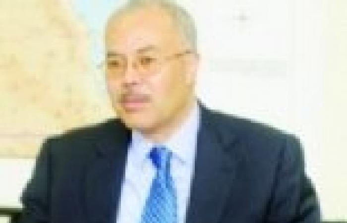 مصر تستأنف الجسرين الجوي والبري لإجلاء رعاياها من سوريا