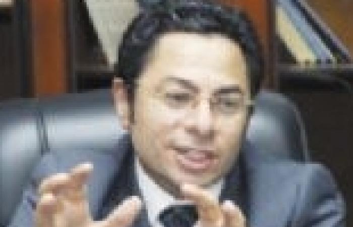 """خالد أبوبكر: سأتقدم ببلاغ ضد مهدي عاكف بتهمة """"إهانة القضاء"""""""