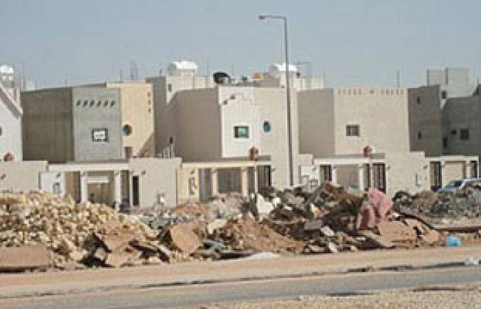 رفع 2760 طن مخلفات مبانى بحى غرب مدينة المنيا