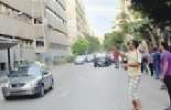 «عمال شبكات الغاز» يكسرون زجاج مجلس الوزراء بالحجارة