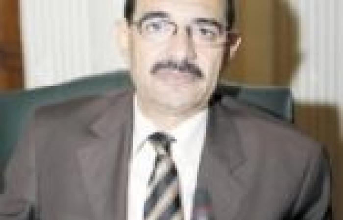 حركة تعيينات وترقيات جديدة بجمارك مطار القاهرة