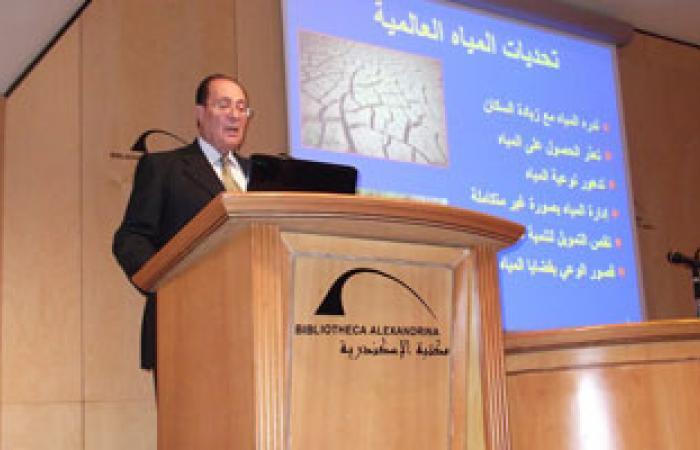 أبو زيد: اللجنة الثلاثية لن تصل لرأى قاطع بشأن آثار سد النهضة