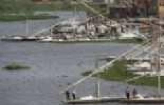 ضبط 3 قضايا غزل وتحاويط في حملة على بحيرة المنزلة بدمياط