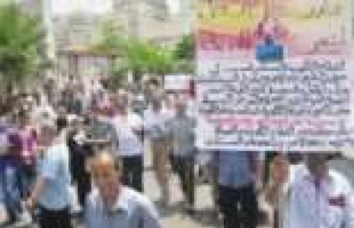 إنذار نشطاء الإسكندرية لـ«مرسى»: «يوم 30 العصر.. هنهد عليك القصر»