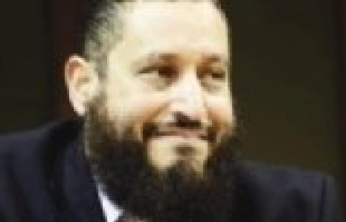 """عماد عبد الغفور: """"مرسي"""" يفضل التشاور مع """"الشاطر"""" و""""مالك"""" في إدارة الأزمات"""