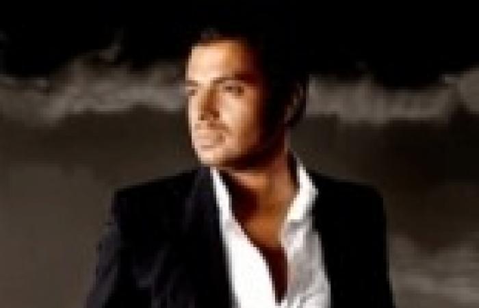 """رامي صبري يطلب من جمهوره الدخول على صفحة """"مزيكا"""" والمطالبة بنزوله ألبومه في موعده"""
