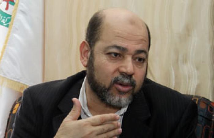 موسى أبو مرزوق القيادى بحماس يغادر مصر فى طريقه للبحرين