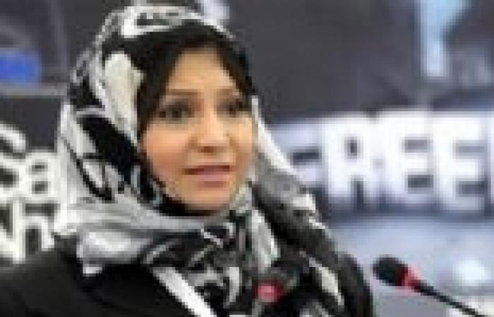 """أسماء محفوظ عقب الحكم على """"دومة"""": يسقط يسقط حكم المرشد"""