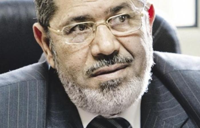 """مرسي يوقف كلمته في حوار """"سد النهضة"""" بسبب الأذان"""