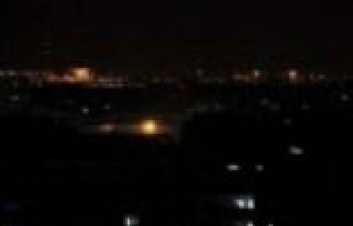على خطى مصر.. انقطاع الكهرباء عن معظم محافظات اليمن