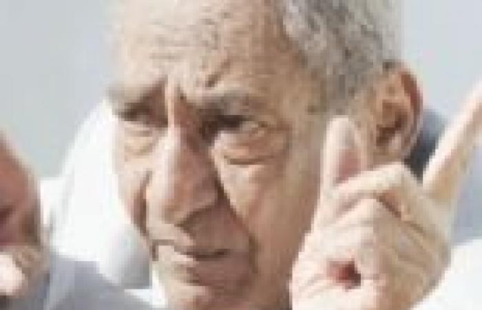"""الأبنودي: جلسة الحوار الوطني """"غرزة سياسية"""".. ولا أعرف اسم وزير الثقافة"""