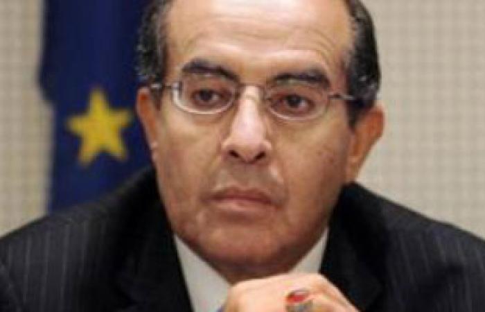 """محمود جبريل: أحترم قانون """"العزل السياسى"""" لكنه تعرض للتزوير"""