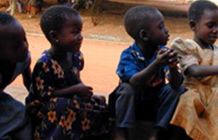 حملة قومية للتطعيم ضد مرض شلل الأطفال فى جامبيا