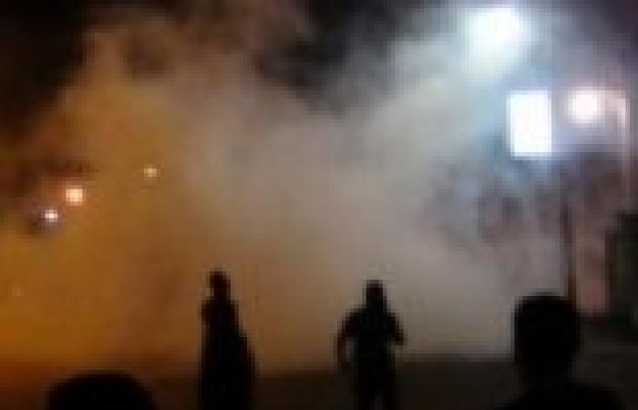الشرطة السودانية تستخدم الغاز المسيل للدموع لتفريق محتجين