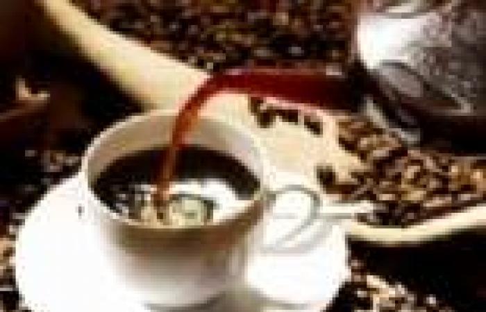دراسة: شرب 5 فناجين قهوة يوميا يسبب السمنة والأمراض المزمنة