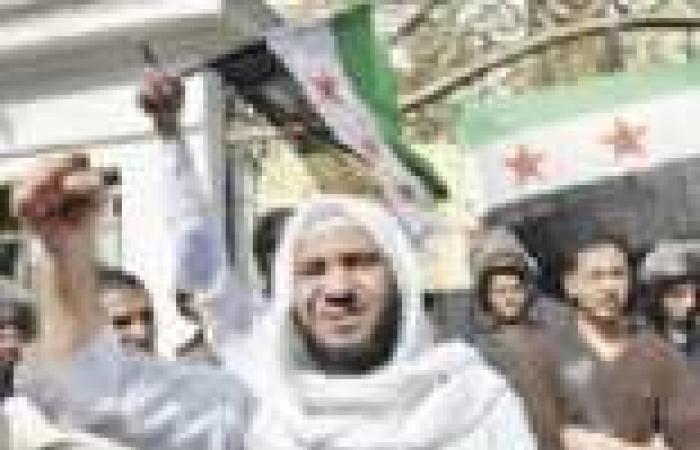 """الإخوان تحول """"يوم نصرة سوريا"""" لتأييد """"مرسي"""" وتطالب بتطبيق الشريعة"""