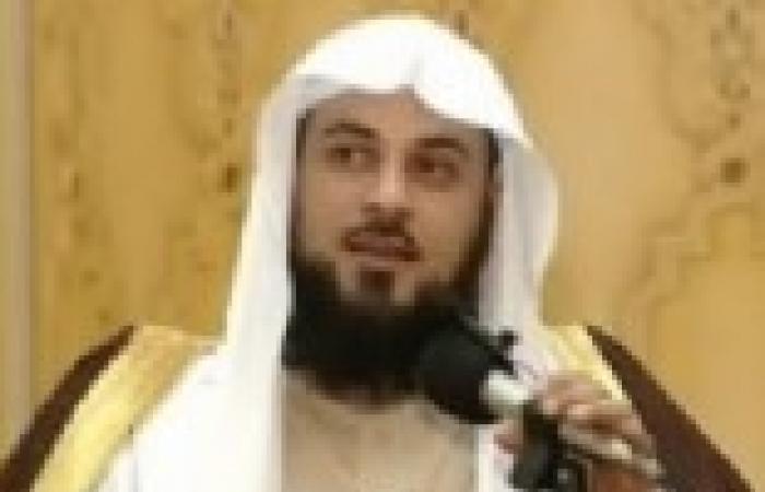 """منسق """"أزهريون"""" ساخرا: العريفي يدعو للجهاد ضد سوريا ثم يطير ليقضي نزهة عائلية"""