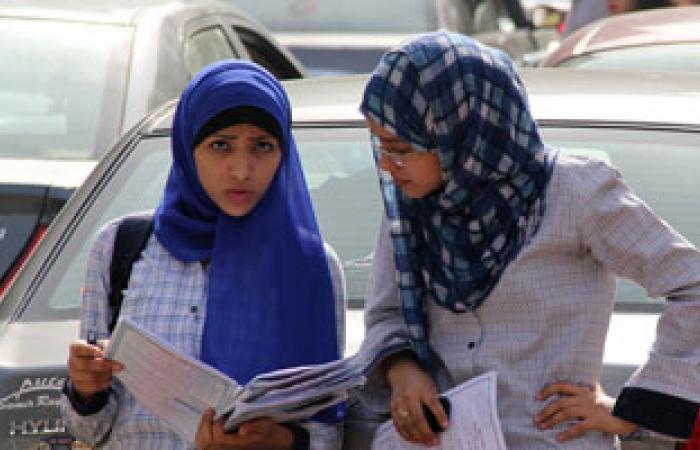 طلاب الثانوية العامة بالشرقية يؤدون امتحان التفاضل والتكامل