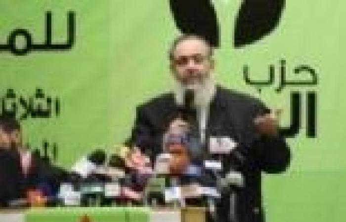 """قيادي بـ""""الوطن"""" السلفي: الدين يأمرنا أن نفتدي مرسي بالروح والدم.. وهناك فئات """"عايز الضرب بالكرباج"""""""