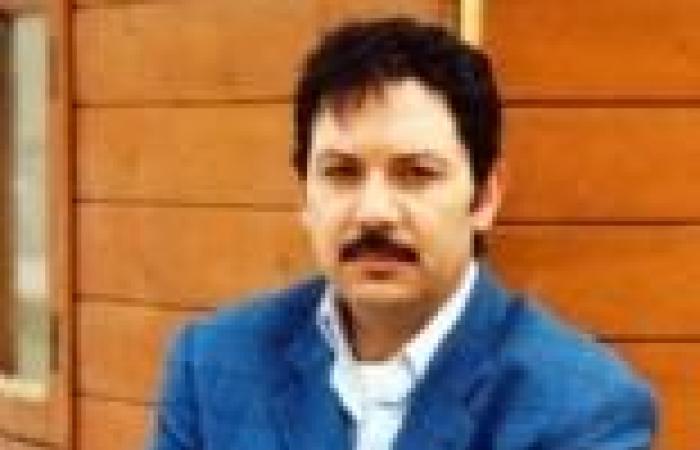 """كمال أبو رية بطل المسلسل الإذاعي """"الصندوق الأسود"""" بدلا من فاروق الفيشاوي"""