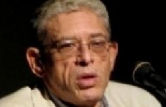 """الاتهام بـ""""الخيانة"""" يطارد رئيس «مهرجان القاهرة السينمائى»"""