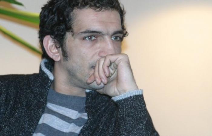 """عمرو واكد: """"كام مليون شهيد بالجلطة بعد خطاب الرئيس"""""""