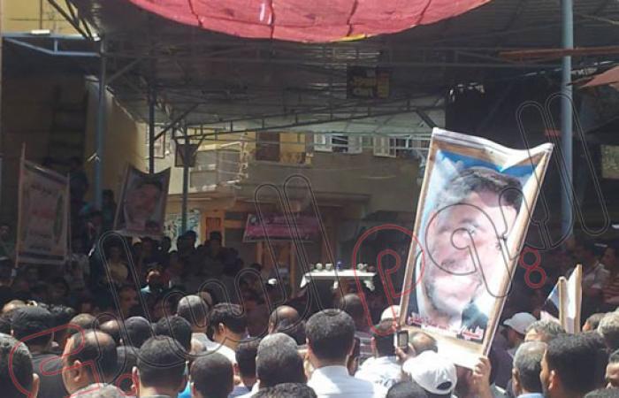 بالصور.. تشييع جثمان أحد أعضاء الإخوان ضحية اشتباكات المنصورة