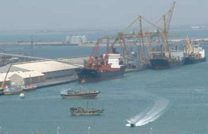 بلاغ ضد إدارة موانئ دبى لإيقاف رواتب نقابيين بميناء العين السخنة