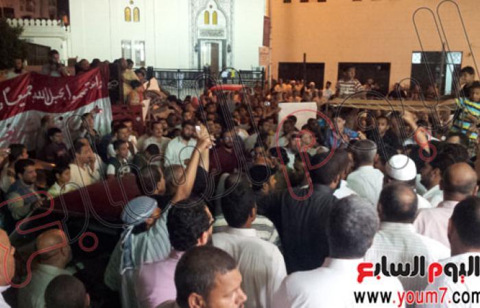 بالصور.. مسيرة لمؤيدى الرئيس مرسى تجوب شوارع مطروح