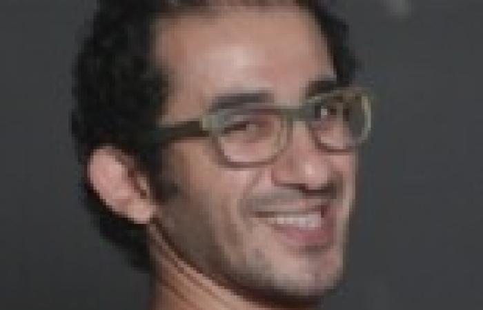 """حلمي والسقا يتبرعان لصندوق """"دعم مصر"""""""