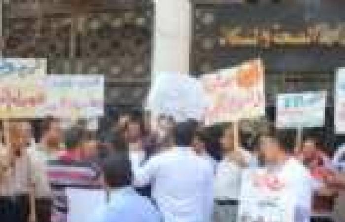 العاملون بالصحة يتعهدون بالامتناع عن الوقفات الاحتجاجية والمطالب الفئوية حتى استقرار البلاد