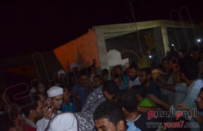 بالصور.. الآلاف يشيعون جنازة شهيد الإخوان بماسبيرو