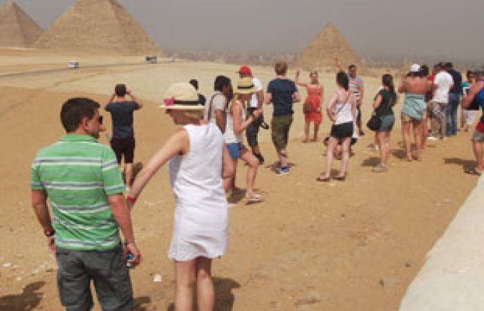 شعبة السياحة: 90% توقف بحركة السائحين فى مصر بسبب الأحداث السياسية