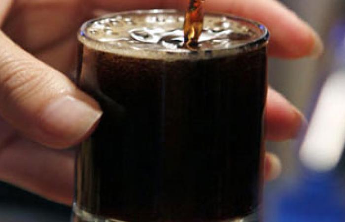 تناول شراب الخروب يحمى من الإصابة بصداع الصيام