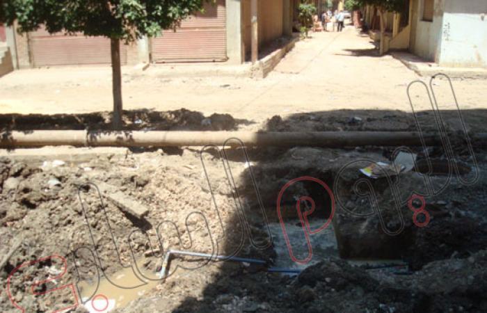 أهالى حى قويطه فى دسوق يشكون من انقطاع مياه الشرب