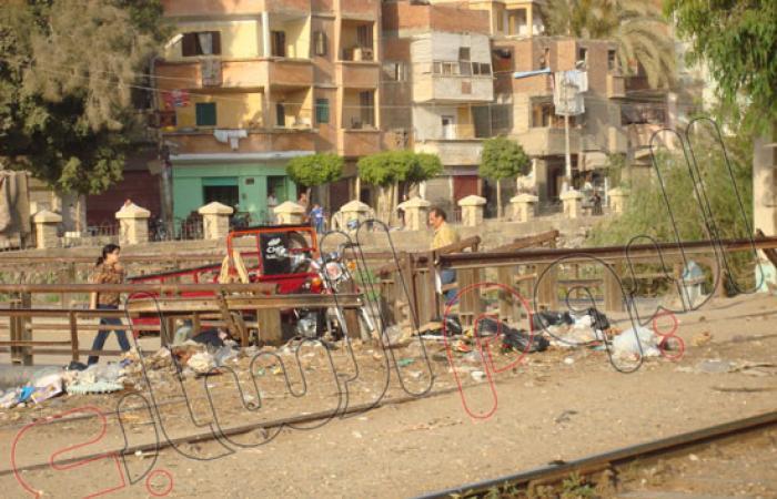 أهالى دحروج بعزبة دسوق: أنقذونا من مزلقان الموت