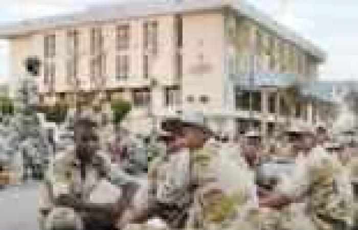 الجيش يجهز خطة لغلق سيناء بالكامل قبل يوم «المواجهة الأخيرة».. واستشهاد 3 جنود في العريش