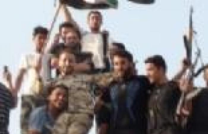 قادة في الجيش السوري الحر يحضرون ندوة في تركيا
