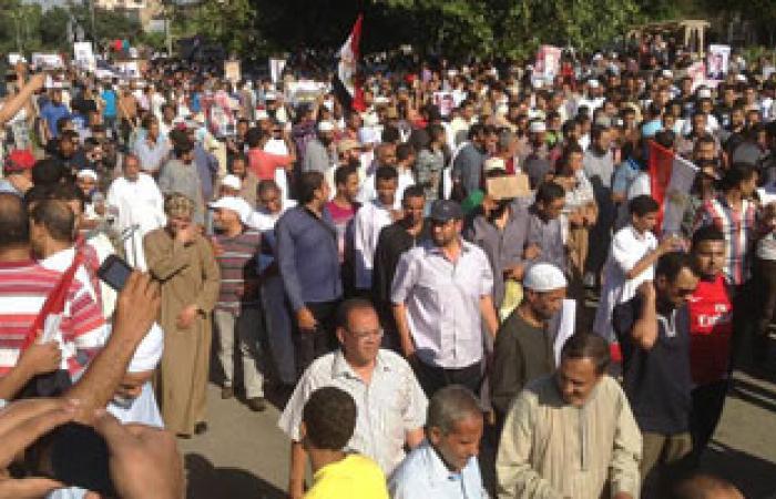 بدء مسيرة  أحزاب القوى الإسلامية بسوهاج  لتأييد  الرئيس المعزول