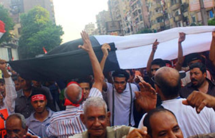 الآلاف من أبناء مركزى كفر صقر وأولاد صقر يتوافدون إلى القاهرة