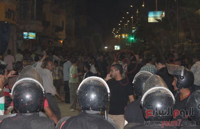 """تجدد الاشتباكات بين مؤيدى """"المعزول"""" والمتظاهرين بالأقصر"""