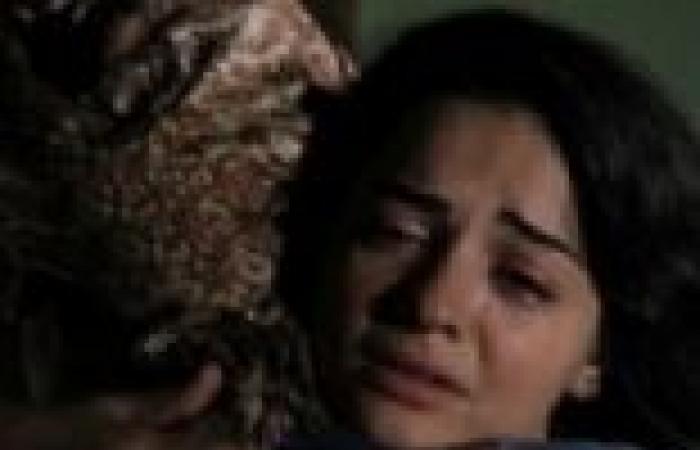 """الحلقة (16) من """"ياسمين عتيق"""": """"زمردة"""" تقتل """"جولدة"""""""